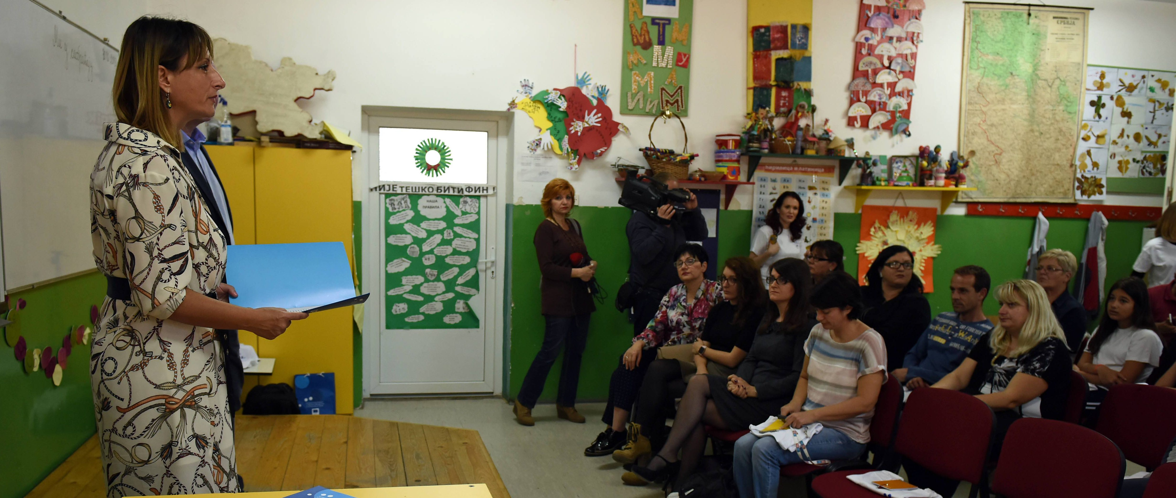 Parents and children socialized in a school in Pirot