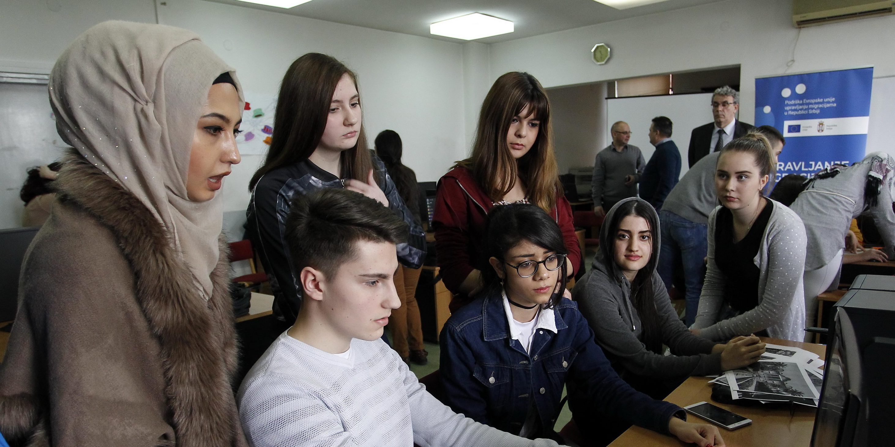 One click for more knowledge for migrant and local students from Vranje