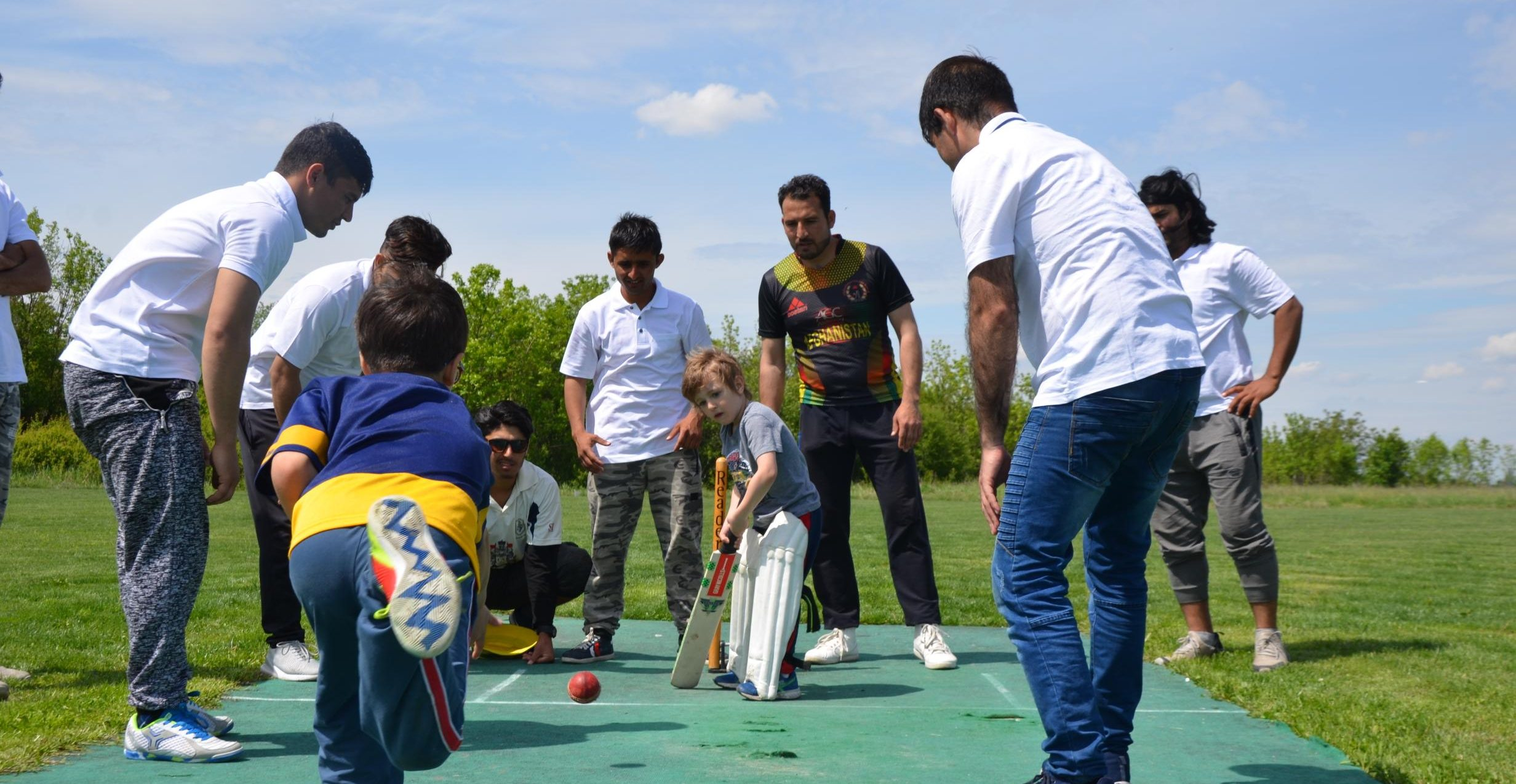Migrants from Obrenovac played cricket