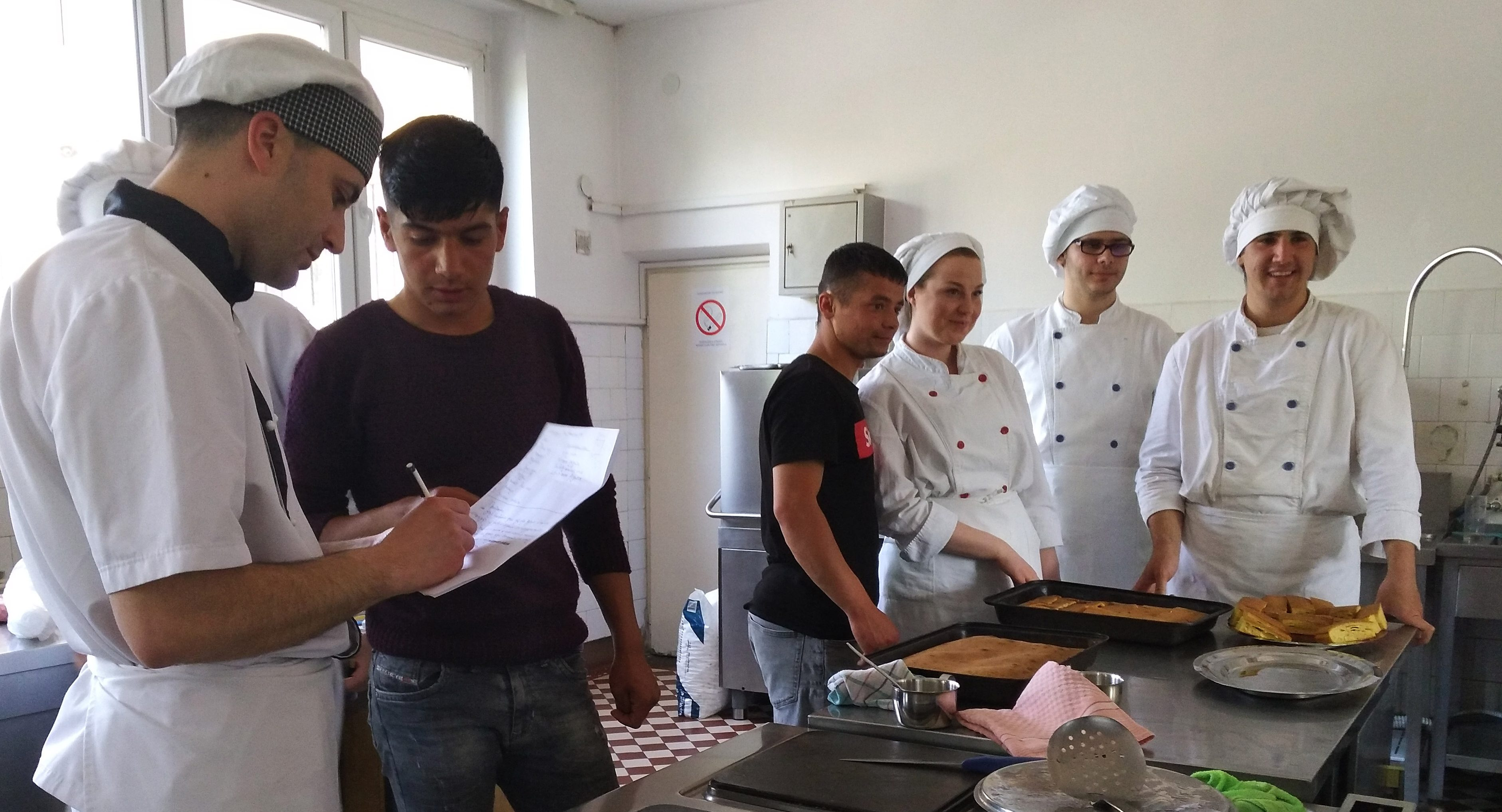 "Workshop ""Creative Gastronomy"" for young migrants in Nis"