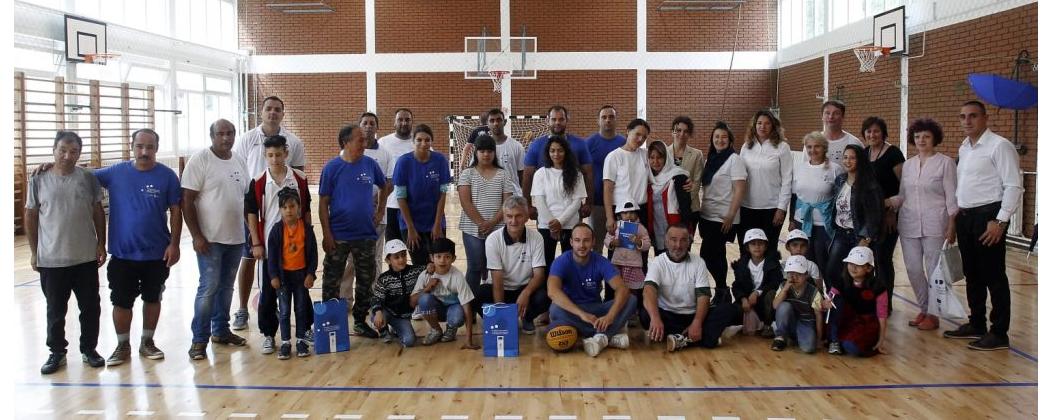Žitelji Bele Palanke i migranti obeležili predstojeći početak školske godine zajedničkom sportsko-volonterskom akcijom