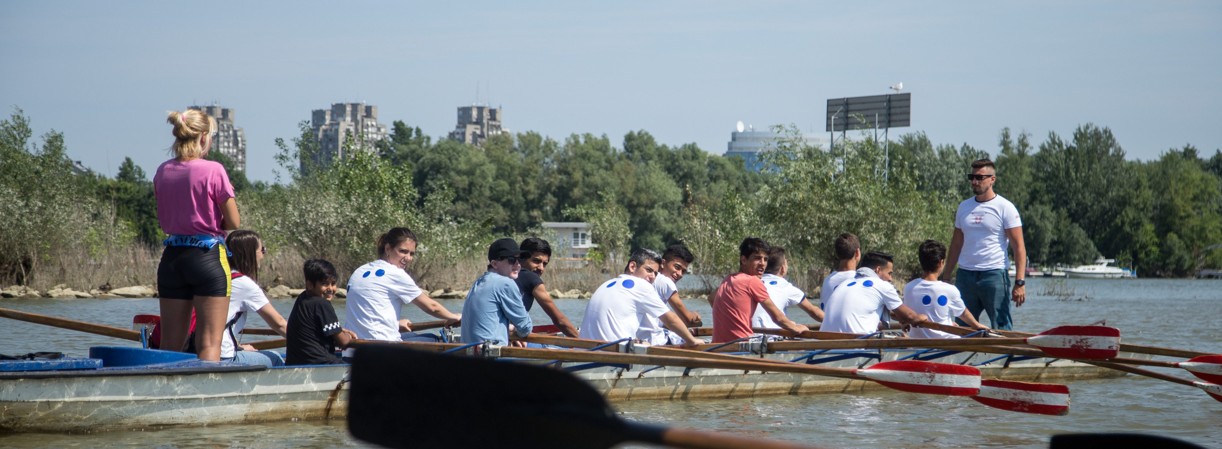 Čas rekreativnog veslanja za decu